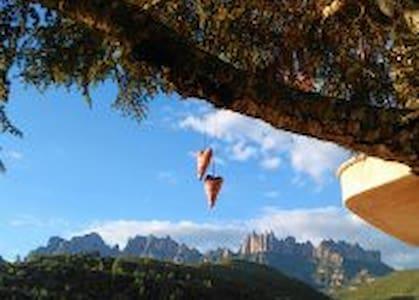 Suite con espectaculares vistas a Montserrat - Casa