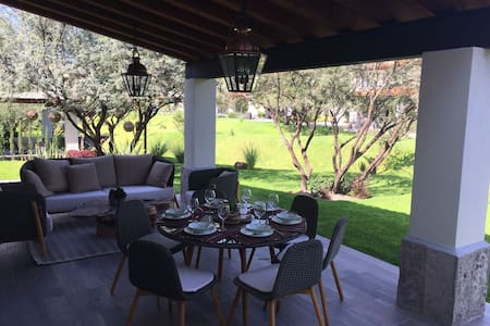 New beautiful and luxury house, 6 to 8 people - San Miguel de Allende - Huis