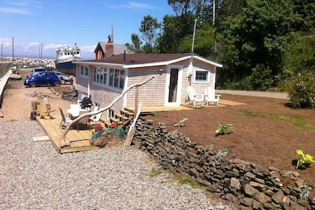 Oceanfront Cottage-Harbourville, Nova Scotia - Cottage