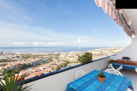 Atico / Penthouse with ocean view - Appartement