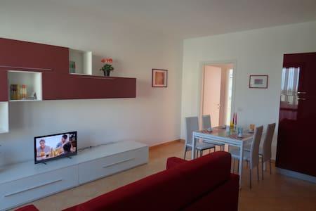 Cosy apartment with view - Cerreto Guidi
