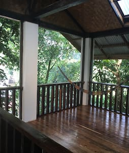 Private room in newly built house - El Nido