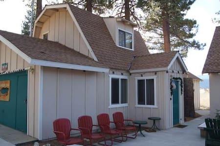 Lakeside Cabin 10 - A nice cozy duplex! - Fawnskin - Appartamento