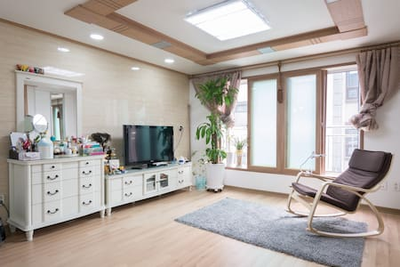 Happy new house(2Room) - 서울특별시 - House