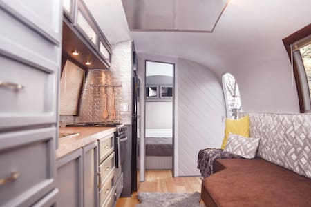 Dare to Airstream - Husbil/husvagn
