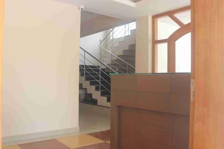 VRINN SERVICE APARTMENTS - Kochi - Apartment