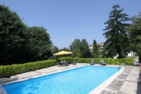 Zoe's - Villa
