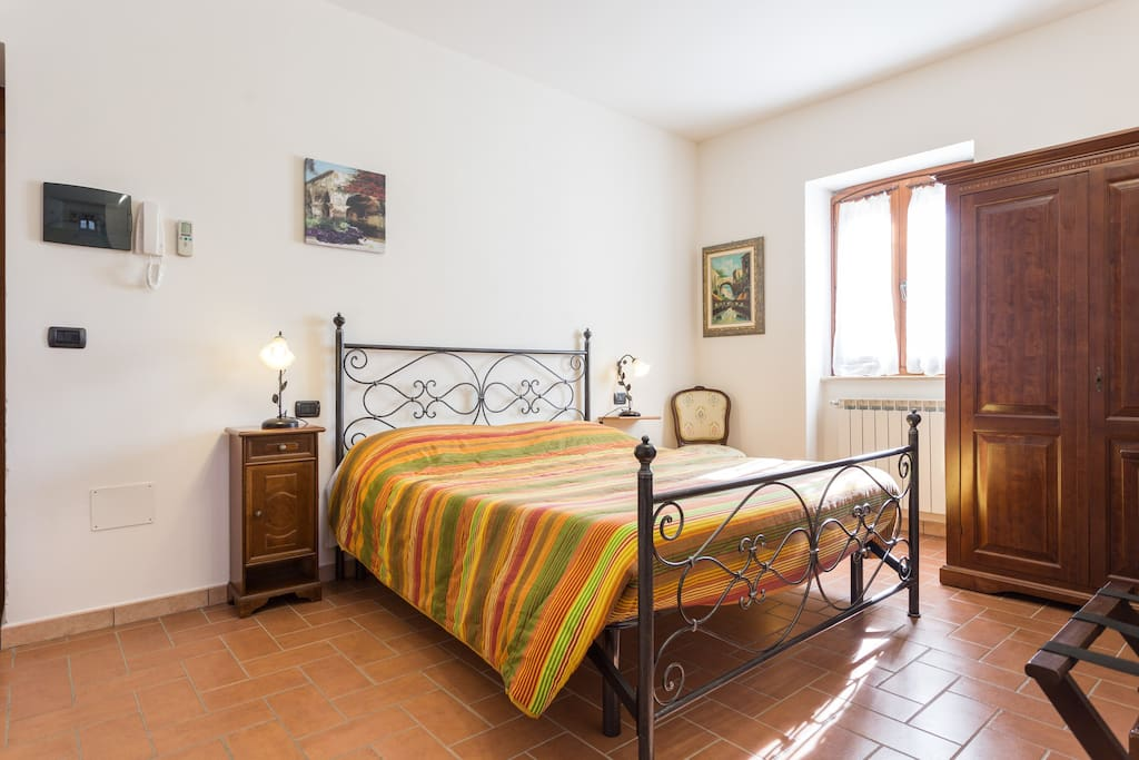 Double bed Room with Pool and View