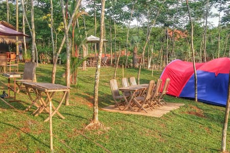 Kampoeng Sadang Camp Ground - Tält