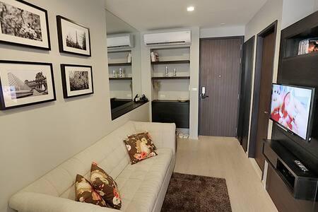 Next to BTS/Luxury/+WIFI - Bangkok - Apartment