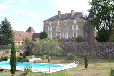 Château DOISSAT - Doissat - Kasteel