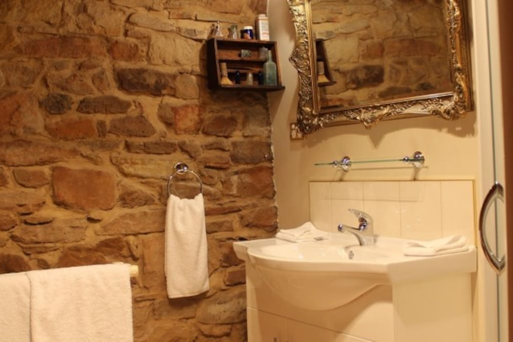 Sandstone ensuite bathroom
