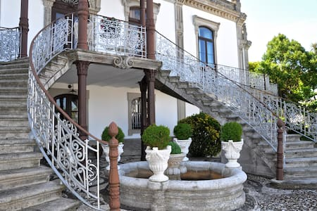 Double room, double bed. - Seixas. Caminha. - Bed & Breakfast
