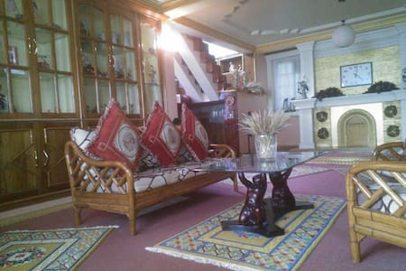 Luxury Studio in Aama Homestay - Kurseong - Daire