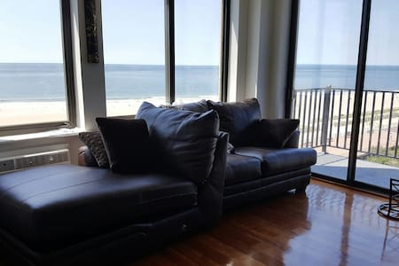 OCEANVIEW LUXURY APT amazing views! - far rockaway  - Bed & Breakfast