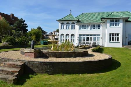 Marine Villa - Shanklin - Casa