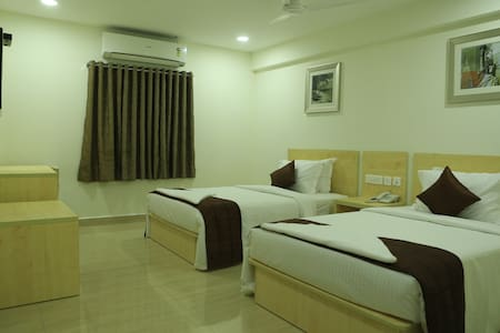 INNSIDE - Bed & Breakfast - T.Nagar