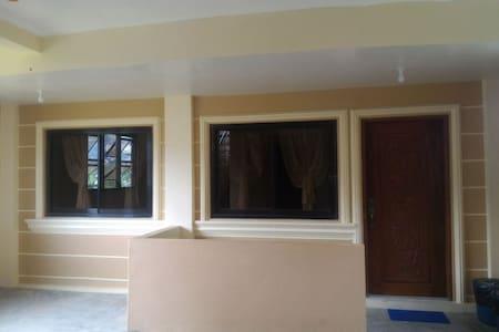 JCALM Transient house-Baguio City - Apartment