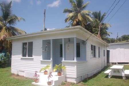 Jacks Shack, English Harbour, Antigua - Hus