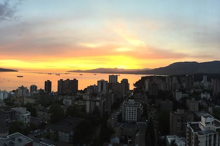 Amazing Ocean-view in heart of the West End - Vancouver - Apartment