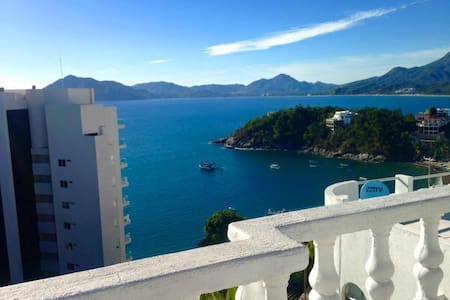 4 Level Ocean View Home Shared Pool - Manzanillo - House