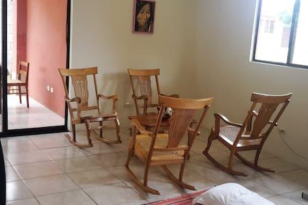 Mi Hogar de Sanación - Managua - Haus