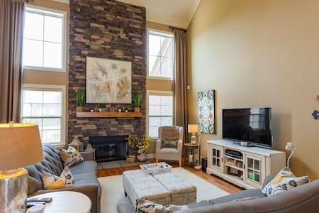 Private oasis in Cool Springs - Franklin