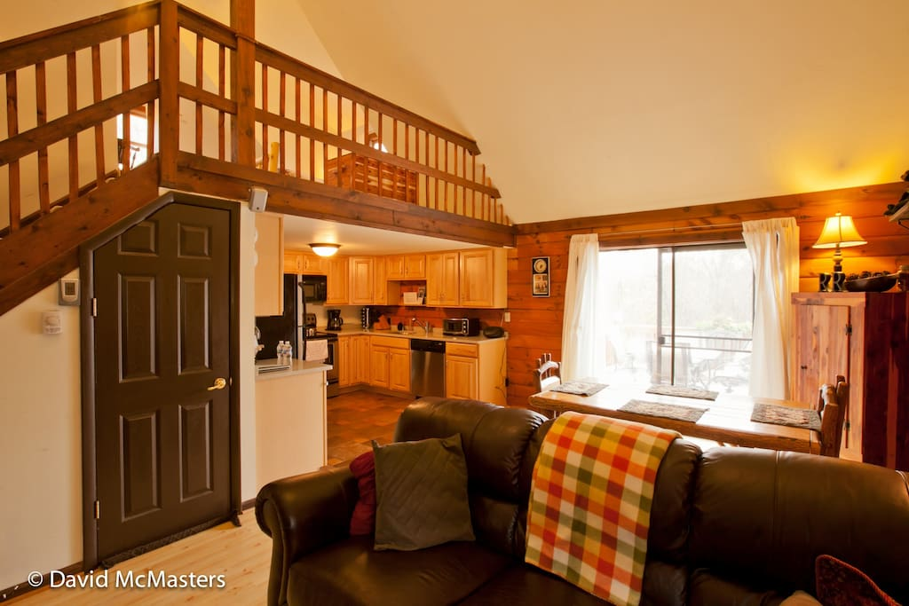 High Tech Log Cabin In The Woods Cabins For Rent In