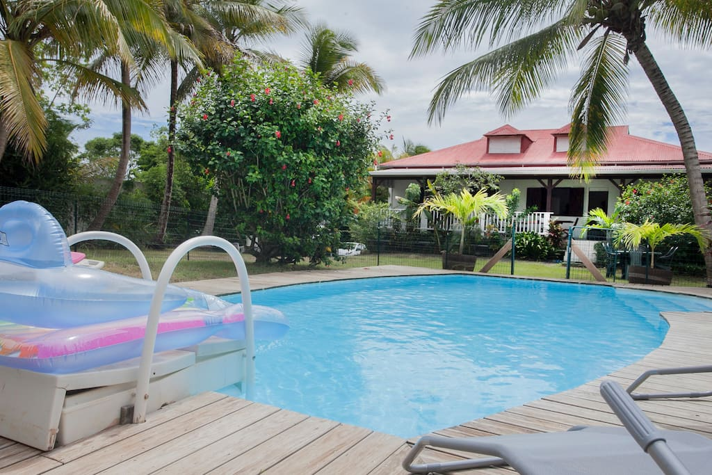 Lovely house 4br with pool and wifi