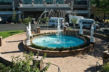 Villa Roma Resort - Callicoon - Villa