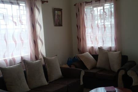 THE QUIET AND COSY HOUSE - Ongata Rongai - Hus