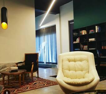 Room 3 of 10 - QSL Lux B&B - Continental Breakfast - Bed & Breakfast
