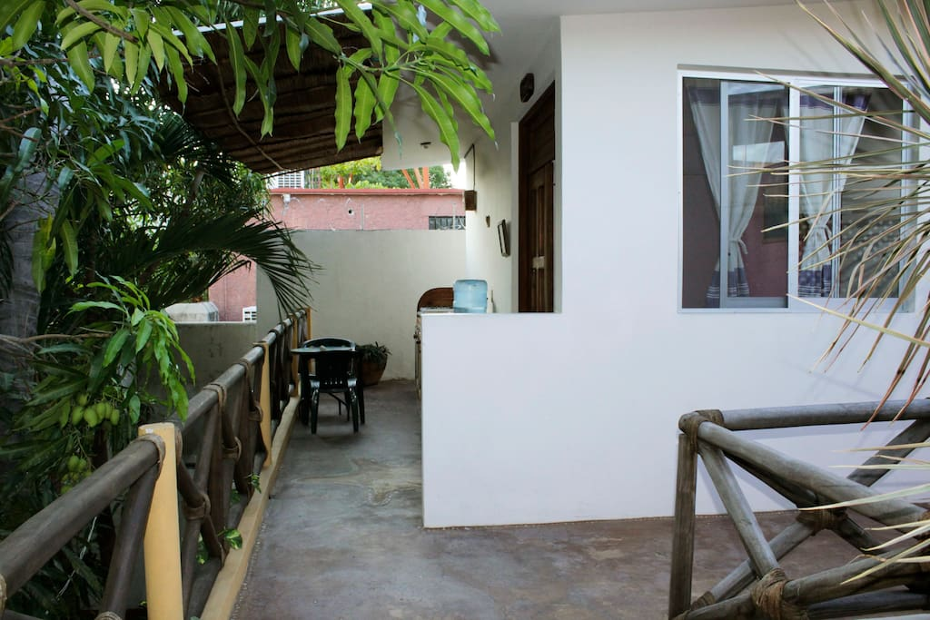 Casa desde el exterior / house from the outside