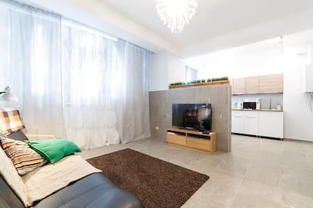 Квартира - ЛЮКС с двумя спальнями. - Sochi - Apartment