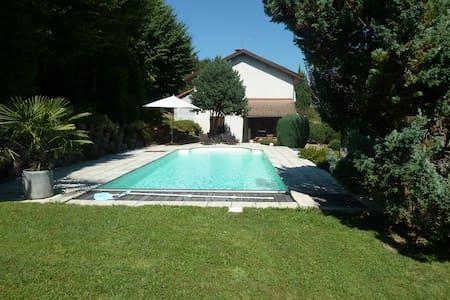 Maison avec piscine - Vila