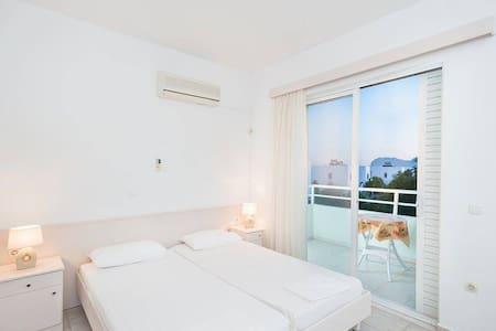 sunny apartment, 2 Pers. Rhodes, Afandou Beach - Wohnung