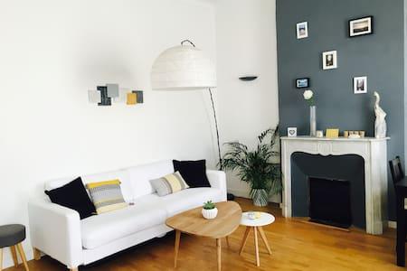 Appartement T2 avec balcon vue mer - Marseille