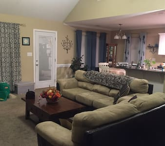 Masters week!  3 bedroom 2 bath. - Grovetown - Ház