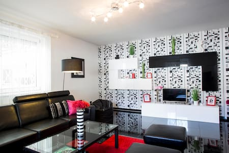 Unique flat with Private Parking - Budapest - Appartement