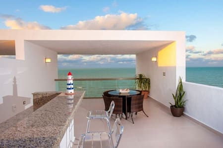 THE OTHER SIDE OF YOUR LIFE, BEACHFRONT VILLA PH5 - Telchac Puerto