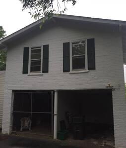 North Street Upstairs- Garage Apt. - Greenville