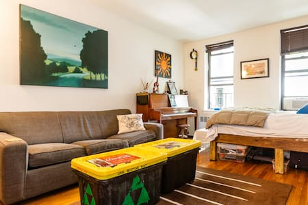 Cozy Artist Studio - NO CLEANING FEE - New York