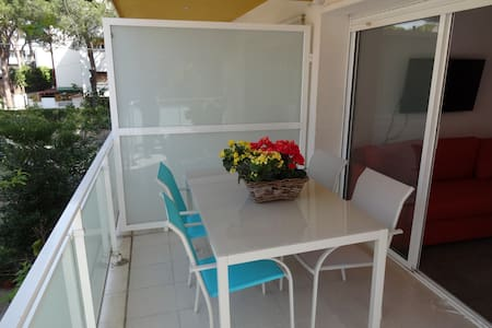 Apartment with terrace by the sea - Castelldefels - Apartment