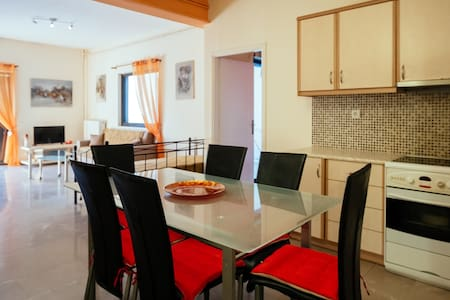 Marias apartments in Nafplio 1 - Huoneisto