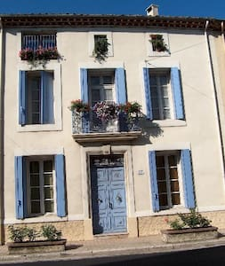 Les Roses self catering apartment
