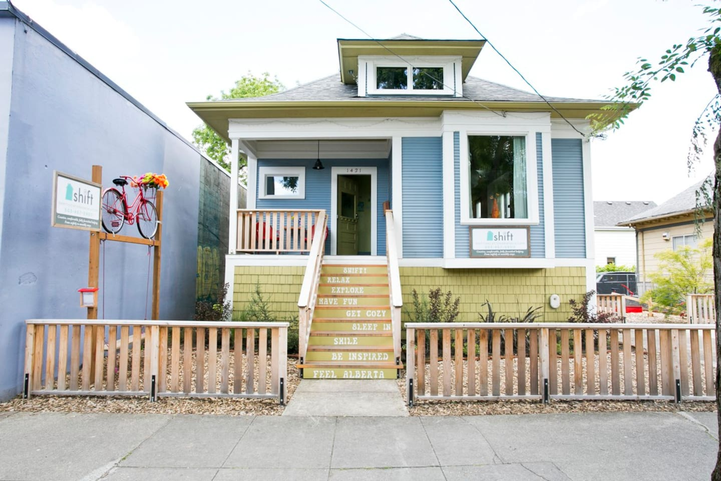 Sitting in the heart of NE Alberta Street, one of Portland's most artistic and vibrant neighborhoods Shift Vacation Rentals is an ideal spot!