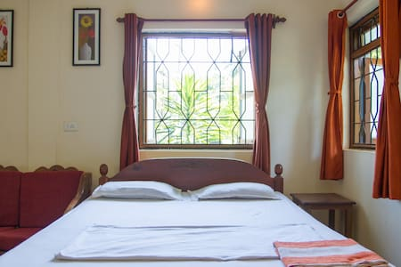 Relaxing Holiday Home Vacation at Morjim Beach Goa - Apartament