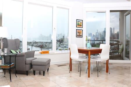 Magnificent views of Manhattan on Hoboken Border - Weehawken - Wohnung
