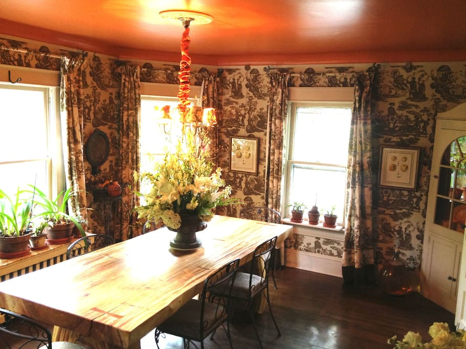 Our beautiful dinning room with historic Scalamandre' wall paper.