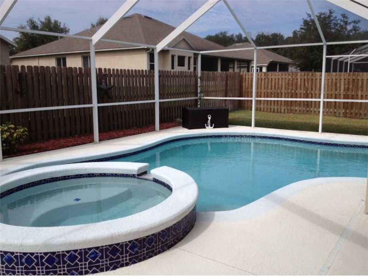 Private Pool, Safe Gated quiet, pet friendly community